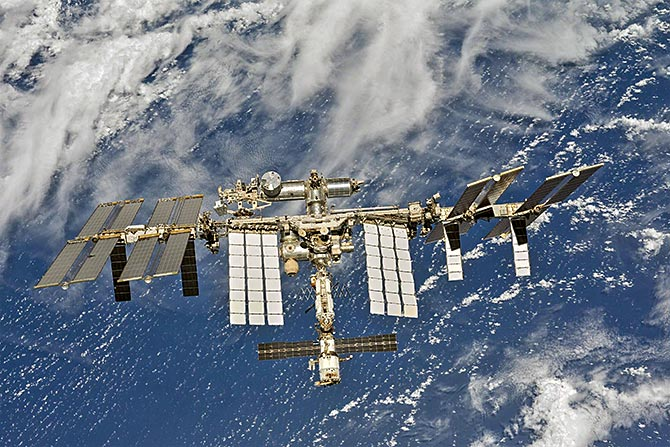 Cabinet okays private participation in space sector