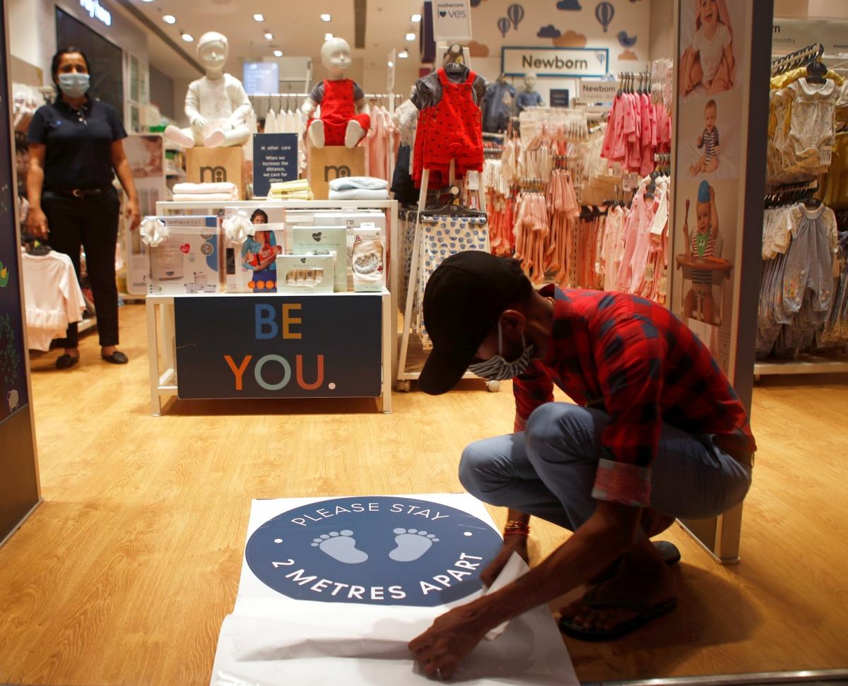 COVID fallout: Markets crowded, but malls empty