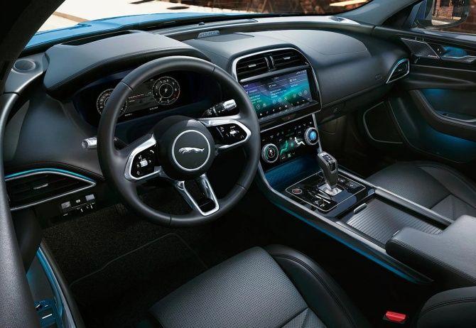 Jaguar XE 250