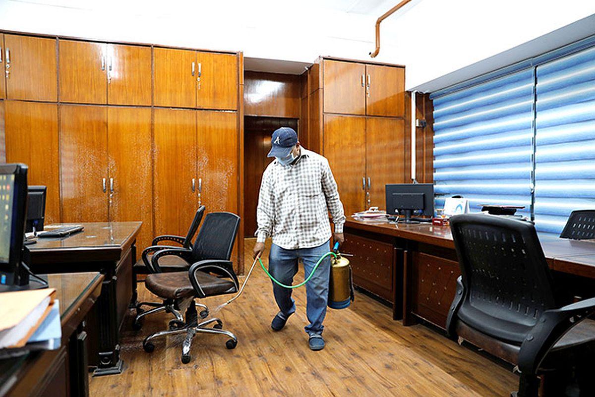 Prime offices' rentals slip in Bengaluru, Mumbai