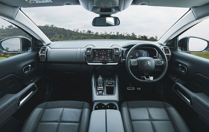 The interior of the Citroën C5 Aircross