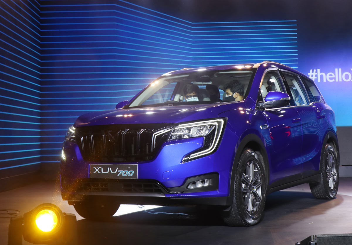 Mahindra plans to steal the SUV thunder with XUV700