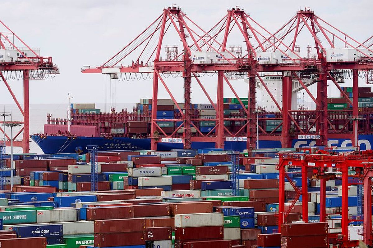Exports up 49.85$ in July; trade deficit widens