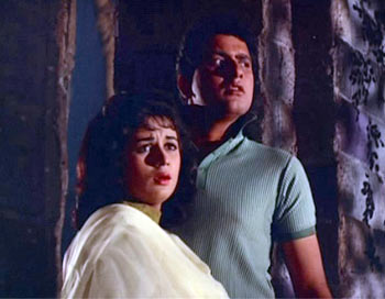 A scene from Gumnaam