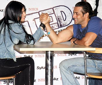 Ayesha Takia Azmi and Salman Khan