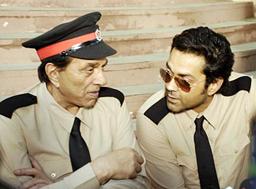 Bobby Deol with father Dharmendra