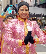 Indian troupe debuts in NY Thanksgiving parade - Rediff com