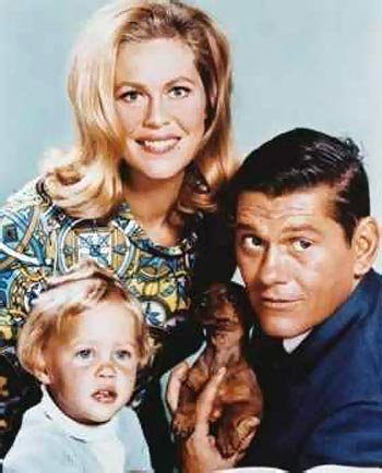 A still from Bewitched