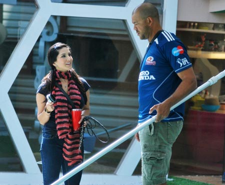 Sunny Leone and Andrew Symonds