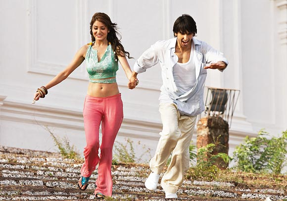 A scene from Ladies vs Ricky Bahl