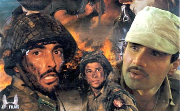 Akshaye Khanna, Sudesh Berry and Suniel Shetty in Border