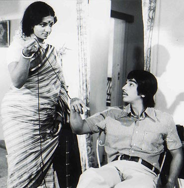 A still from Apoorva Raagangal