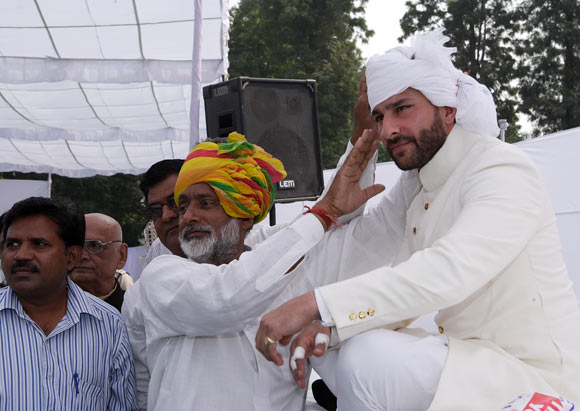 Saif Ali Khan being anointed the tenth Nawab of Pataudi at a ceremony at his ancestral palace in Pataudi, Haryana