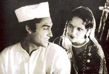 Devika Rani and Ashok Kumar in Achhut Kanya