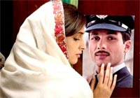 Sonam and Shahid Kapoor in Mausam