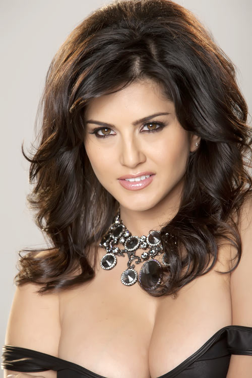 Sunny Leone I Would Love To Stay In Bollywood Rediff