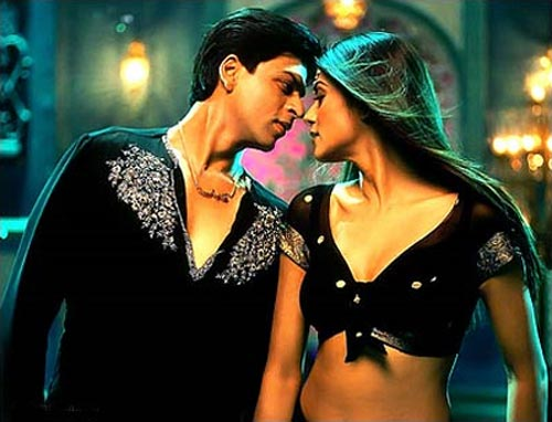 Shah Rukh Khan and Sushmita Sen in Main Hoon Na