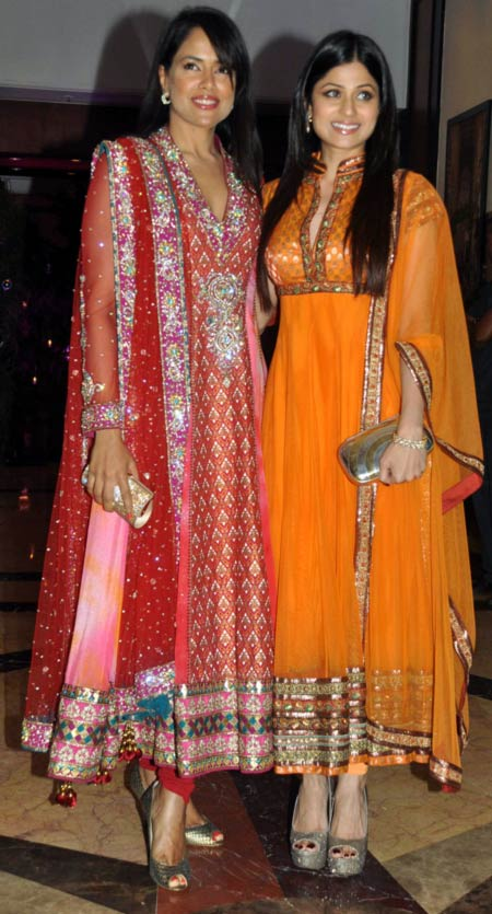 Sameera Reddy and Shamita Shetty