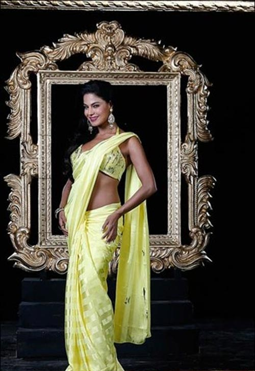 Veena Malik as Silk Smitha
