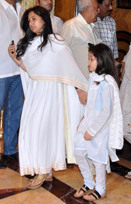 Rinke Khanna and daughter