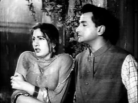 Madhubala and Bharat Bhushan in  Barsaat Ki Raat