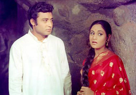 Samit Bhanja and Jaya Baduri in Guddi