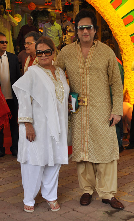 Sundari and Fardeen Khan