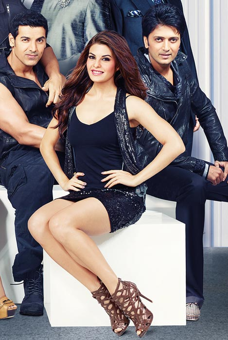 John Abraham, Jacqueline Fernandez and Riteish Deshmukh in Housefull 2