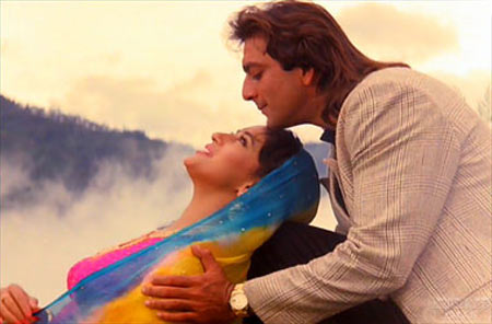 Madhuri Dixit and Sanjay Dutt in Saajan