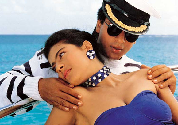Shah Rukh Khan and Kajol in Baazigar
