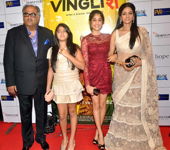 Sridevi with husband Boney Kapoor and daughters Jhanvi and Khushi