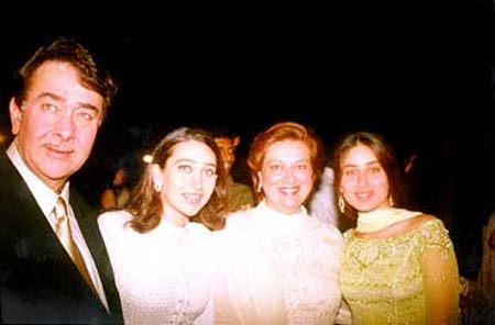 Randhir Kapoor and Babita with daughters Karisma and Kareena