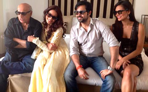 Bipasha Basu with Mahesh Bhatt, Emraan Hashmi and Esha Gupta
