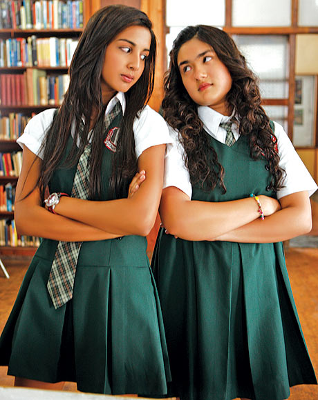 Jayati Modi and Rhea Vij in Gippi