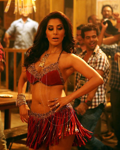 Sophie Choudry in Shootout At Wadala