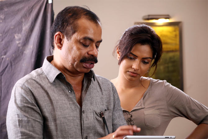 Sathyan Anthikad with Amala Paul