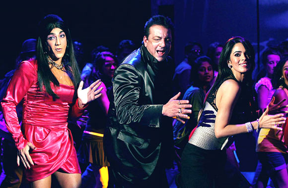A scene from Double Dhamaal