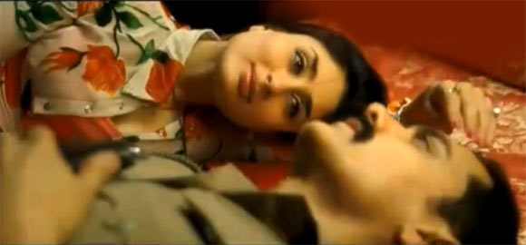 Kareena Kapoor and Aamir Khan in Talaash