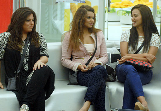 Delnaaz, Aashka and Sana in Bigg Boss