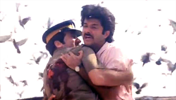Anupam Kher and Anil Kapoor in Parinda