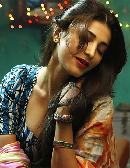 Shruti Haasan in D Day