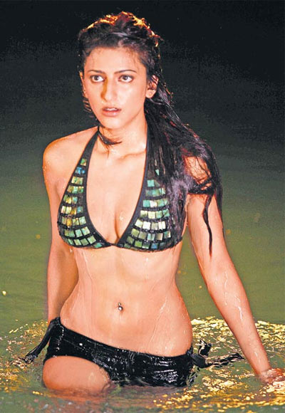 Shruti Haasan in Luck