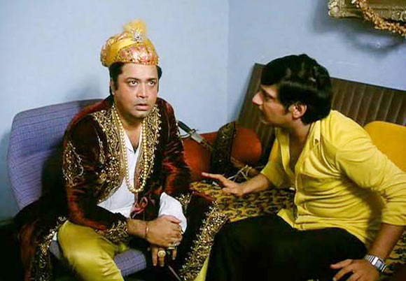 Deven Varma and Amol Palekar in Gol Maal