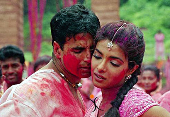 Priyanka Chopra and Akshay Kumar in Waqt: The Race Against Time