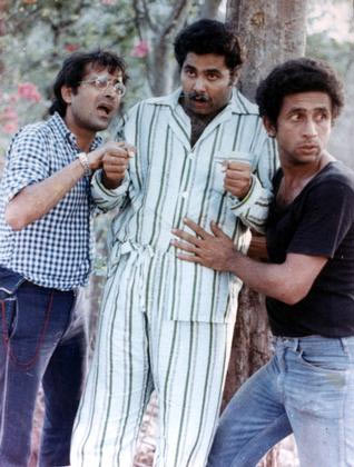 Ravi Baswani, Satish Shah and Naseeruddin Shah in Jaane Bhi Do Yaaron