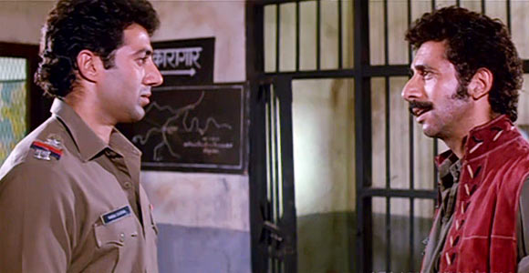 Sunny Deol and Naseeruddin Shah in Tridev