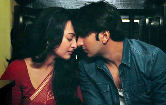 Sonakshi Sinha and Ranveer Singh in Lootera