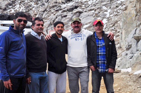 Left to right: Melwyn Castro, Samir Jaura, Farhan Akhtar, Yograj Singh on location in Leh