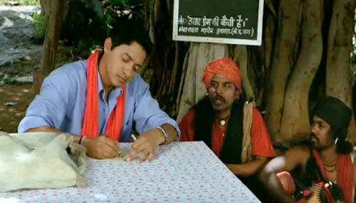 Shreyas Talpade in Welcome to Sajjanpur