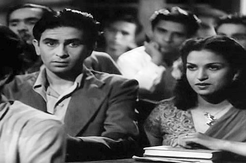 Raj Kapoor and Kamini Kaushal in Aag